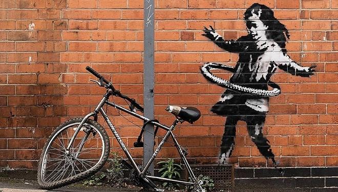 Banksy'nin eserindeki bisiklet çalındı