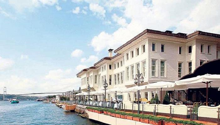 Ünal Aysal iflas etti. Hotel Les Ottomans icradan satılık.