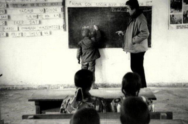 Ders Türkçe, Öğretmen Şener Şen