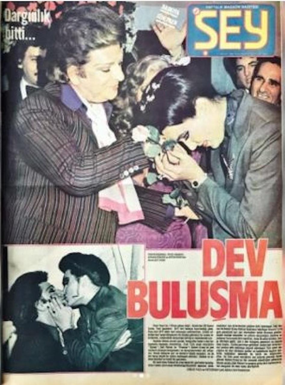 Bülent Ersoy, Zeki Müren'i öptü. 40 yıl sonra gündem oldu