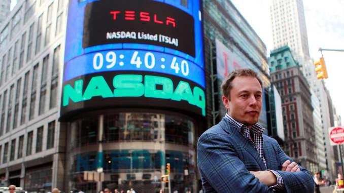 Elon Musk'ı geçen Jeff Bezos yeniden dünyanın en zenginlerinin zirvesinde