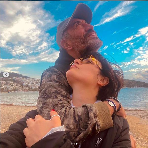 Sürpriz aşk Instagram'da başladı. Instagram'da bitti!!!