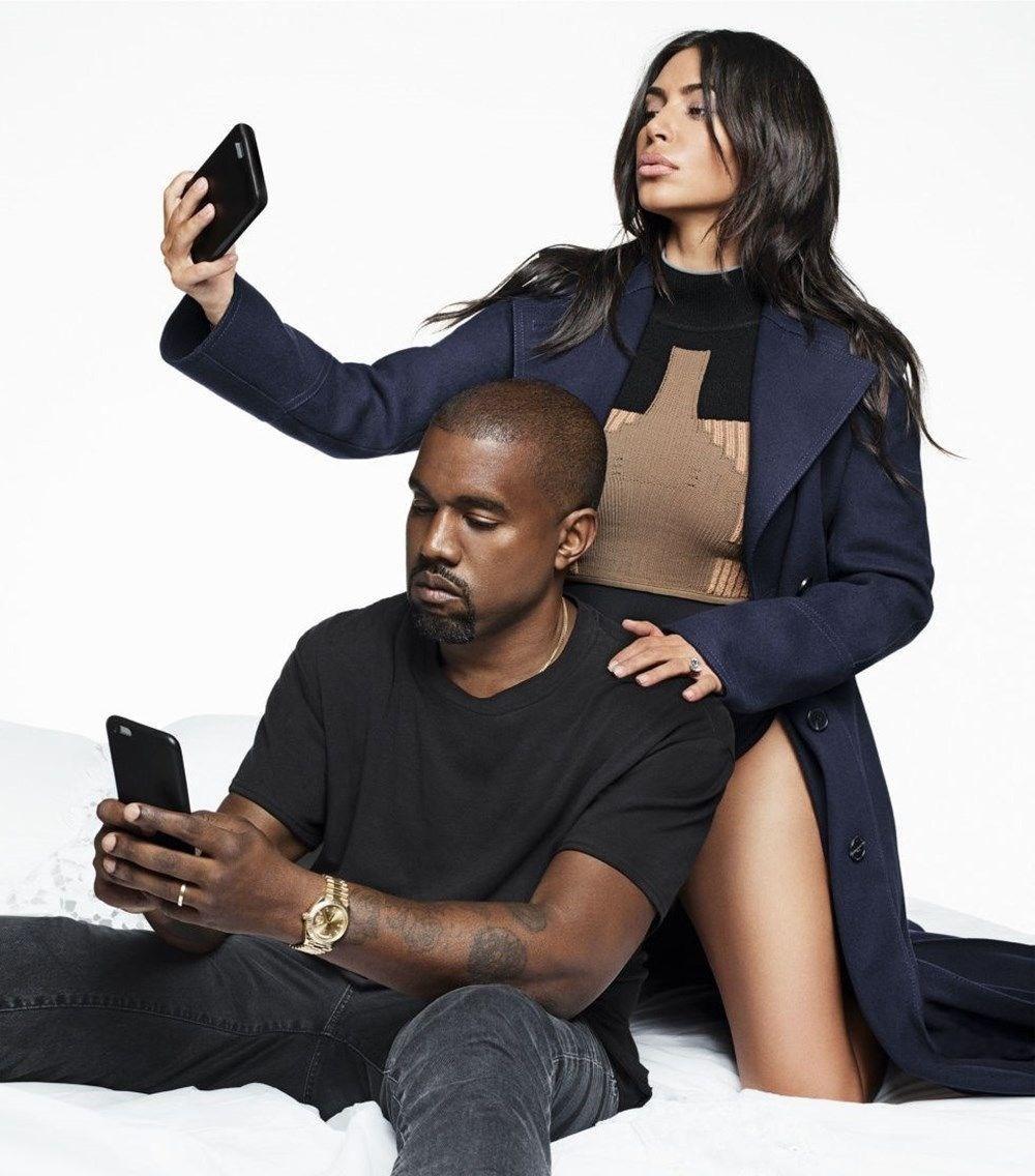 Kim Kardashian, Kanye West'e boşanma davası açıyor.