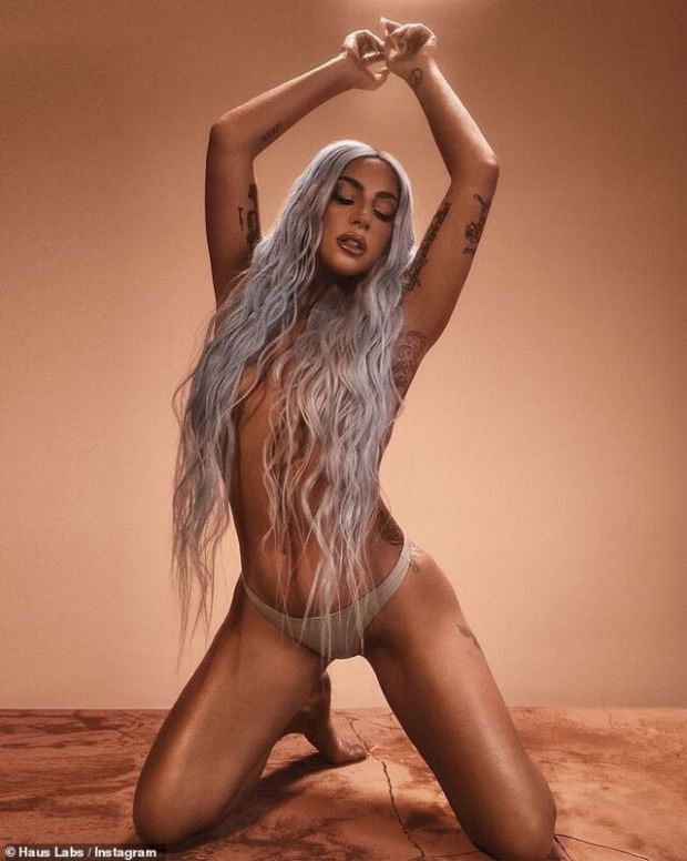 Lady Gaga, 19 yaşındayken tecavüze uğrayıp hamile kalmış.