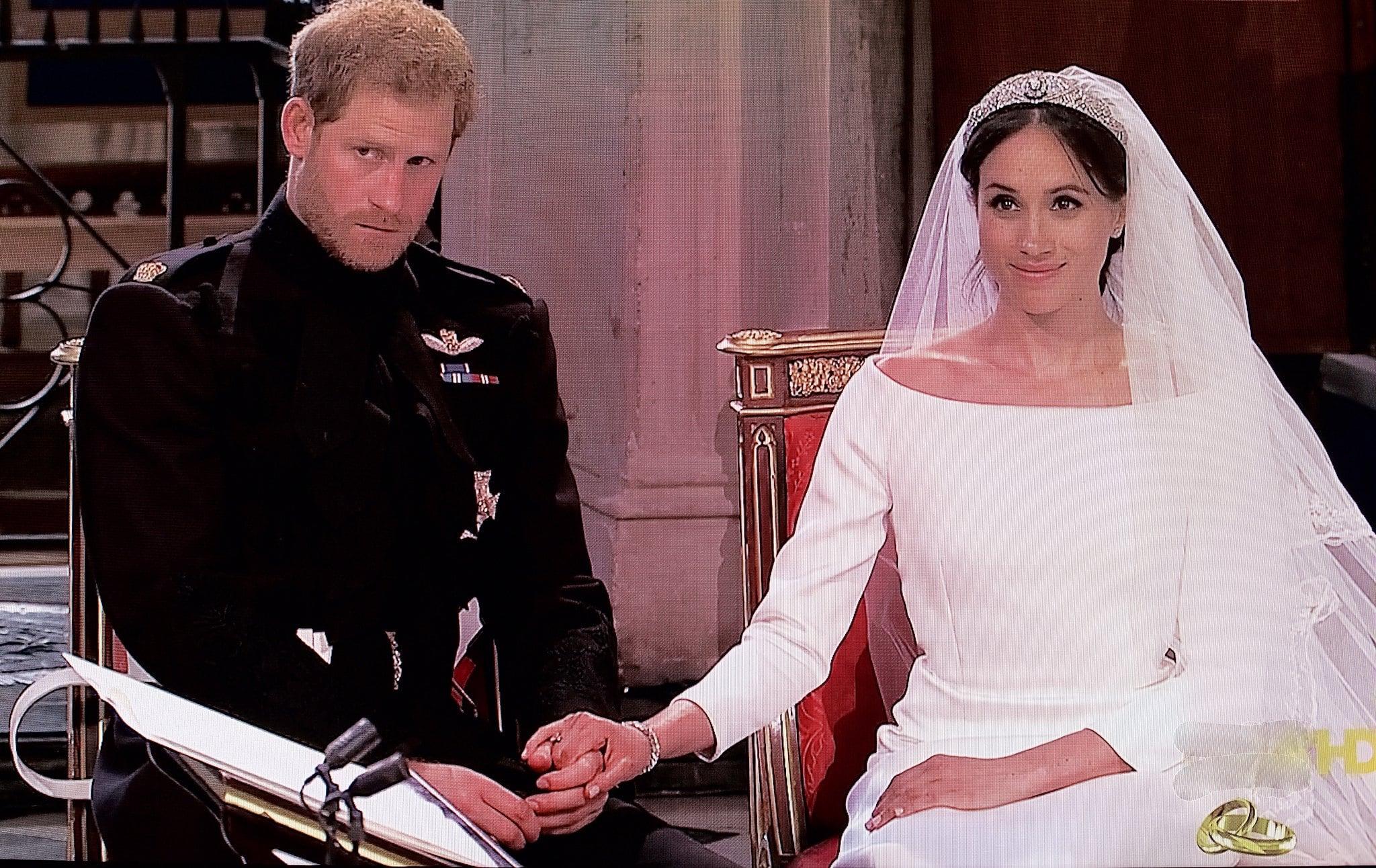 Meghan'ın adı doğum belgesinden Kraliçenin emriyle kaldırıldı