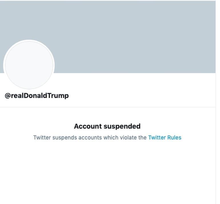 Donald Trump'ın ahı tuttu. Twitter ve Facebook hisseleri değer kaybetti.