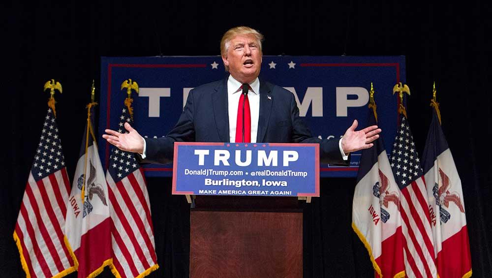 ABD karıştı! Donald Trump, seçimi kazanmak 11 bin 780 oy bulunmasını istemiş. v