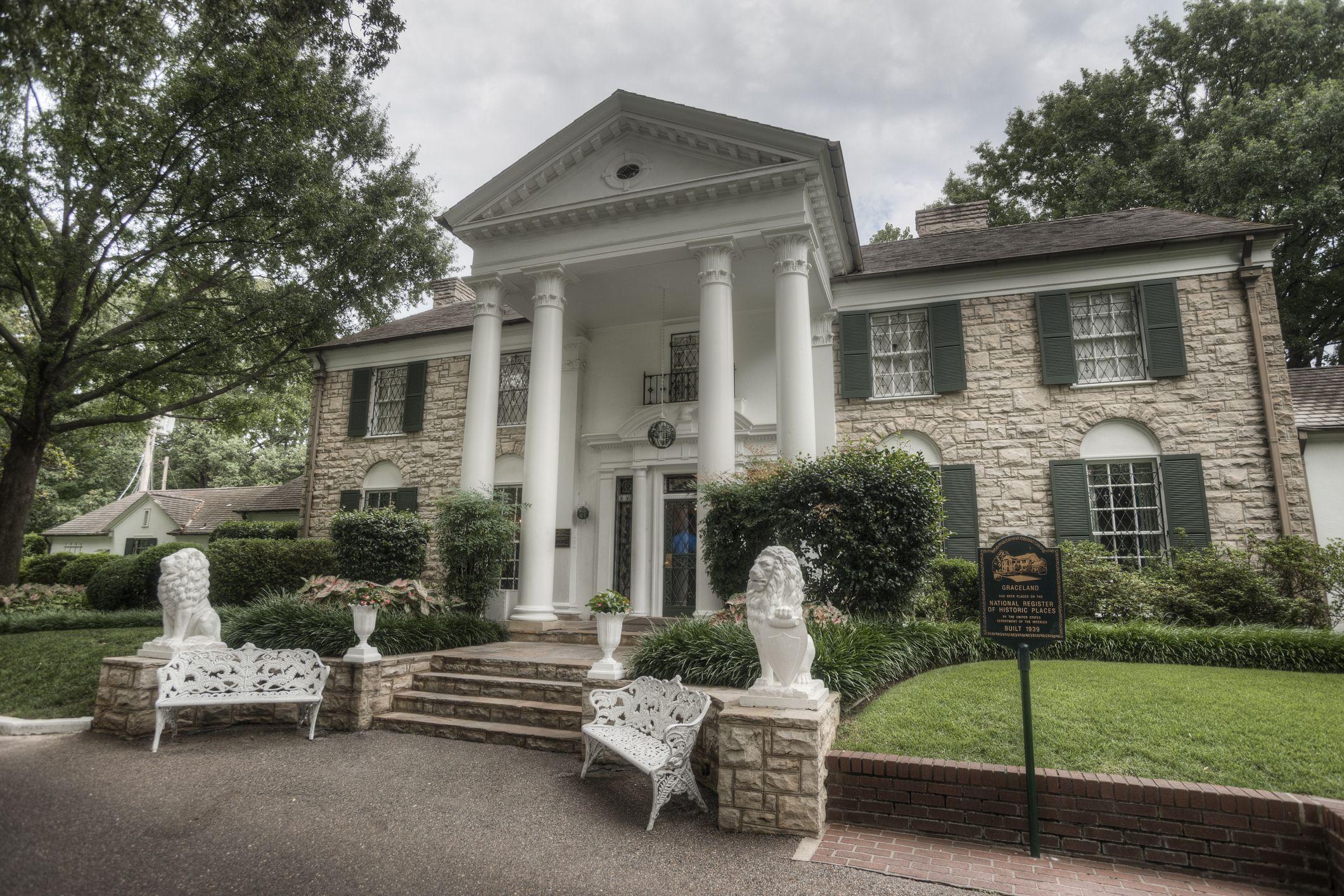 Elvis Presley'nin evi 'sanal ziyaret'e açılıyor.