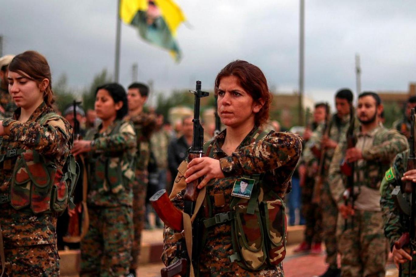 Terör örgütü YPG/PKK'ya Hillary Clinton'dan propaganda