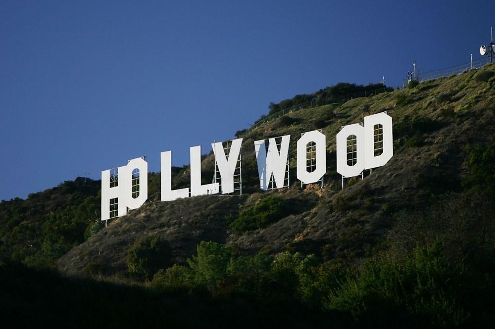 Hollywood tabelasını ''Meme Kanseri''ne dikkat çekmek için değiştirmek istediler