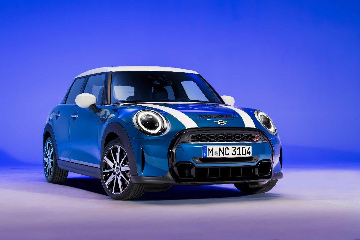 Mini modelleri yenilendi. 2021 Haziran'da Türkiye'de olacak.