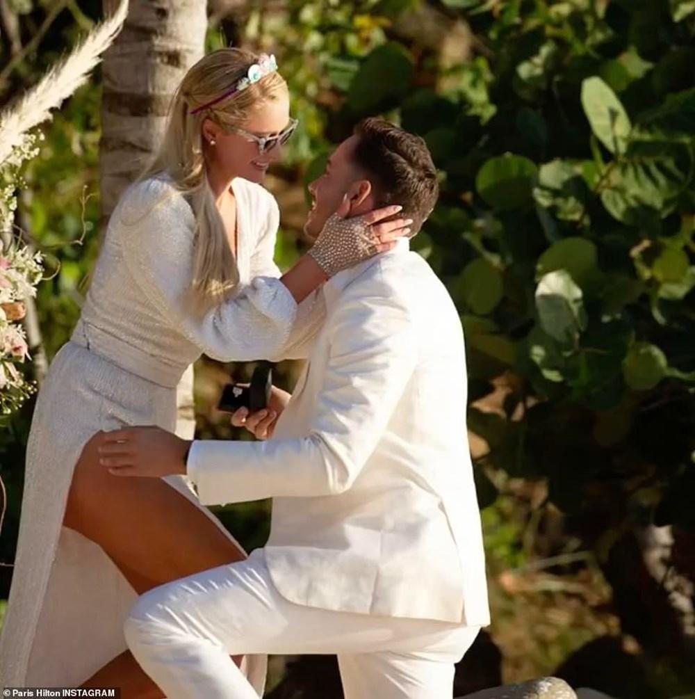 Paris Hilton 40. doğum gününde nişanlandı