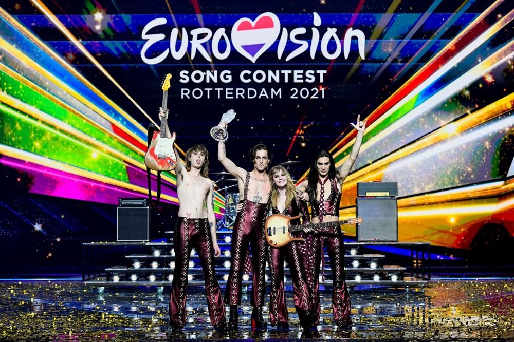 Eurovision Şarkı Yarışması'nda kazanan İtalya'yı temsil eden Maneskin oldu.