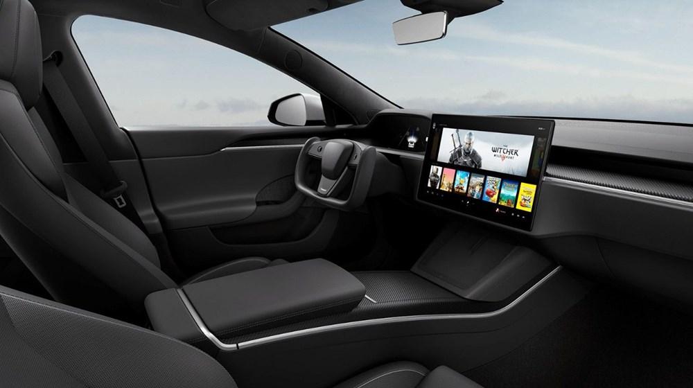 Tesla, 'Dünyanın en hızlı seri üretim aracı' için teslim tarihi verdi.