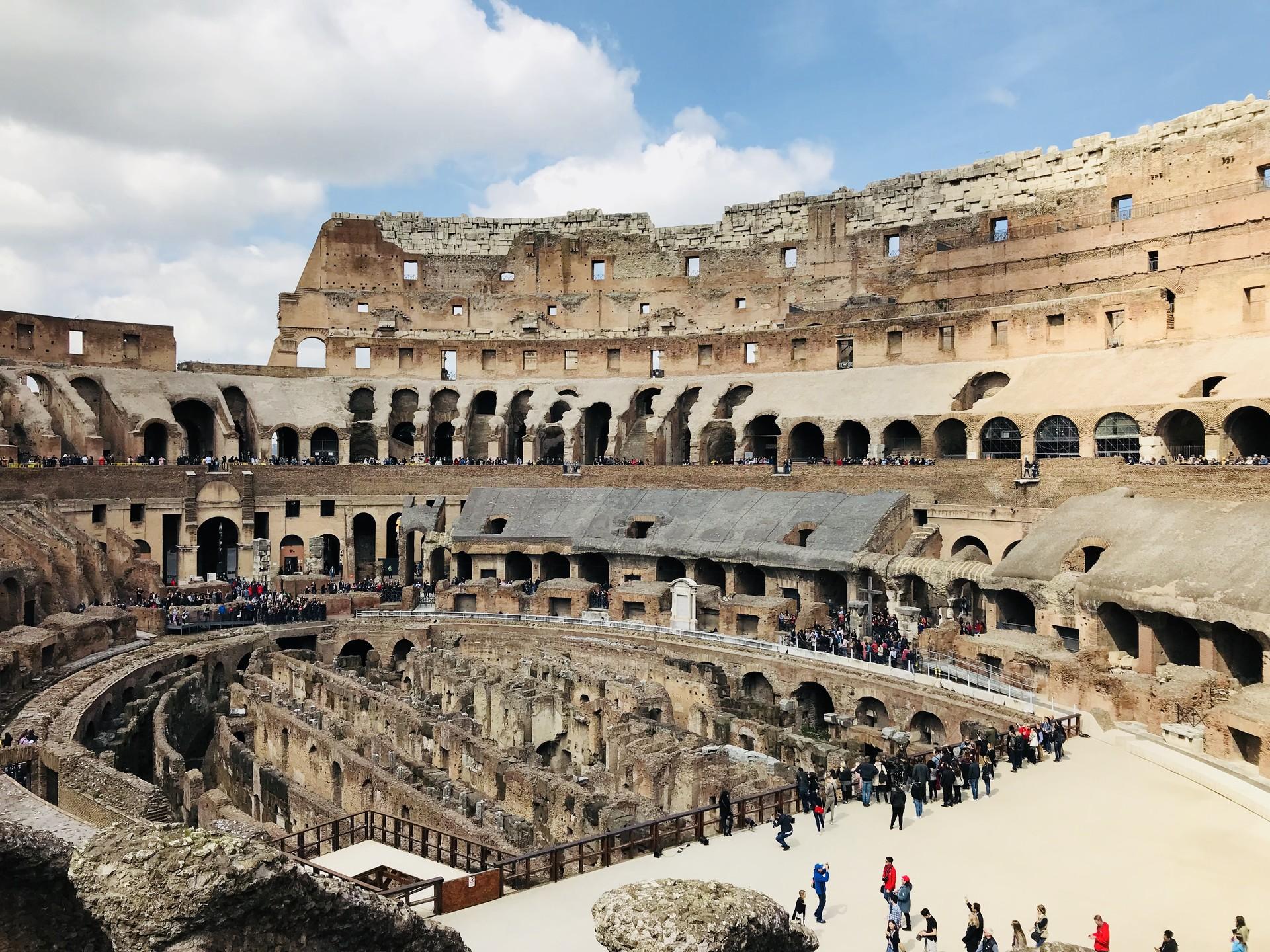 Roma'daki Kolezyum'un yeraltı tünelleri ilk kez ziyarete açılıyor