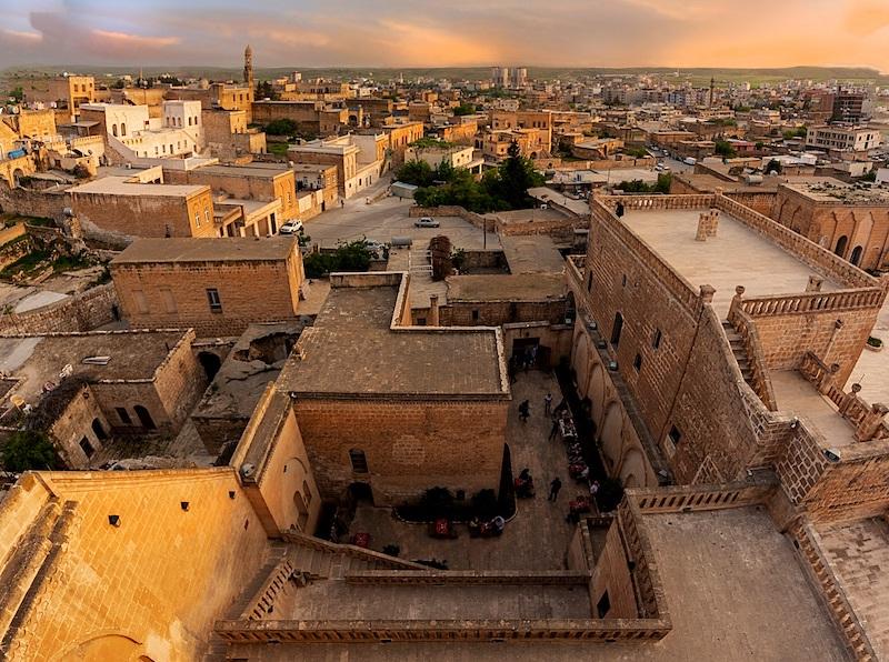 Güneydoğu'nun gözbebeği Mardin'i Jolly ile keşfedin