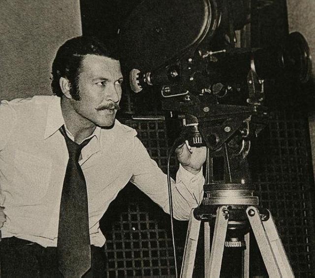Sinema oyuncusu ve yönetmen Kartal Tibet, hayatını kaybetti