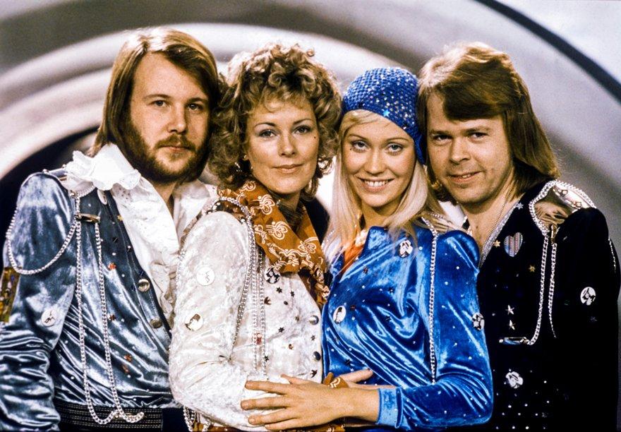 Efsanevi grup ABBA, dijital avatarlarıyla konser verecek.