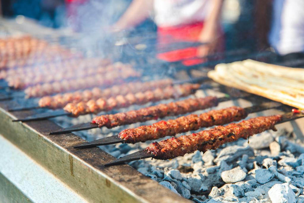 Enuygun, gastronomi tutkunlarını lezzet festivallerini keşfetmeye çağırıyor.